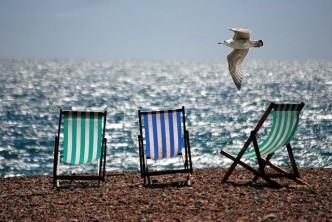 deckchairs__beach